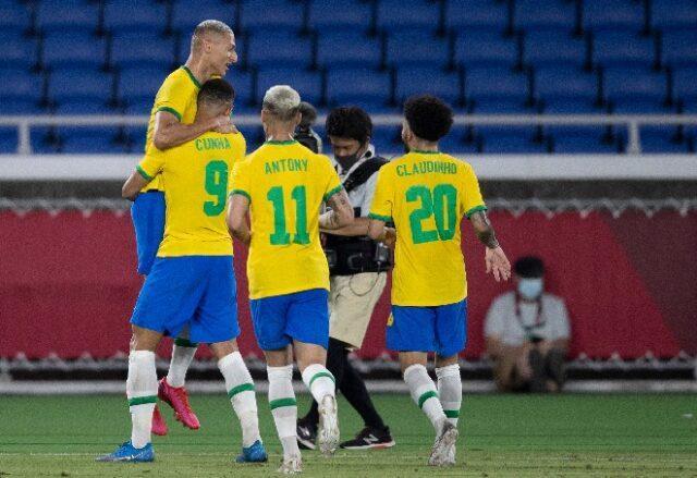 Brasil leva susto, mas brilho de Richarlison garante vitória na estreia contra a Alemanha